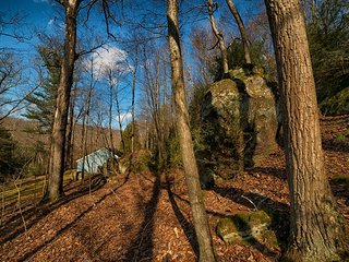 Eagle View Escape located in the beautiful Hocking Hills - Rockbridge vacation rentals