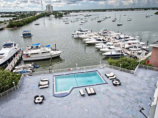 Beautiful One Bedroom Apartment - North Bay Village vacation rentals