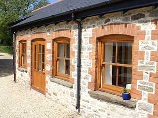 Swallow Cottage, Duffryn Mawr Cottages - Cowbridge vacation rentals