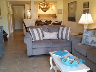 St Augustine Ocean and Racquet Club  - 2 Bedroom 2 Bath Ocean Views - Elevator - Saint Augustine Beach vacation rentals