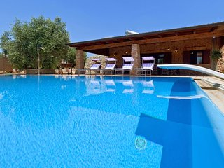 573 Pajara with Pool in Torre Vado - Torre Vado vacation rentals