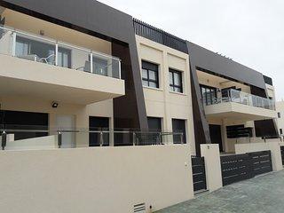 Luxury 3 bedroom 2 bathroom ground floor apartment, Mil Palmeras - Torre de la Horadada vacation rentals