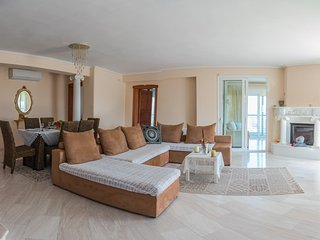 Comfortable 3 bedroom Apartment in Thessaloniki - Thessaloniki vacation rentals