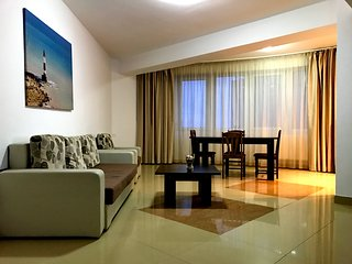 SUMMER CLUB APARTMENT in SummerLand Mamaia, with beautiful lake view - Mamaia-sat vacation rentals
