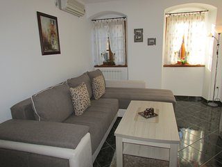 Apartments Popovic, Kotor Old town, Spacious Two bedroom apartment - Kotor vacation rentals