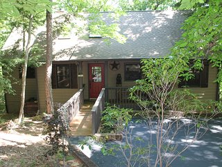 Mountain Retreat - In Big Canoe - Marble Hill vacation rentals