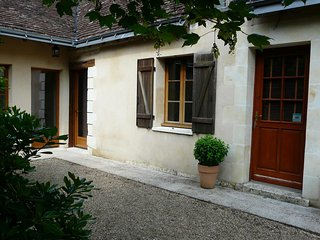 Cozy 3 bedroom House in Joue-Les-Tours - Joue-Les-Tours vacation rentals