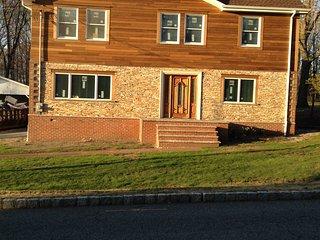 Bright 4 bedroom House in Montville - Montville vacation rentals
