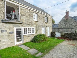 SLATE COTTAGE, romantic, open plan, balcony, near Bodmin, Ref947361 - Bodmin vacation rentals