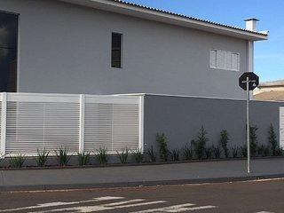 Casa Jardim dos Laranjais Thermas - Olimpia vacation rentals