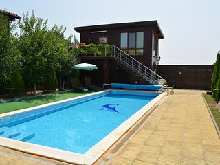 2 bedroom Guest house with Internet Access in Sunny Beach - Sunny Beach vacation rentals