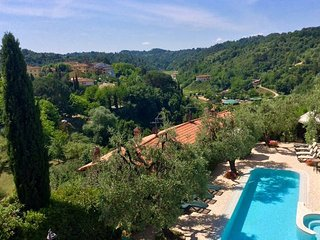 Nice House with Internet Access and Shared Outdoor Pool - Ponte A Egola vacation rentals