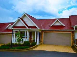 Apple-rrific - Sevierville vacation rentals