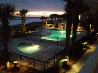 Luxury 3 bedroom beachfront Condo in lovely Bluewater Condiminiums - Orange Beach vacation rentals