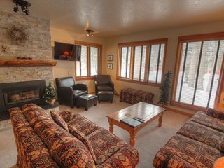 Perfect 2 bedroom Keystone Condo with Internet Access - Keystone vacation rentals