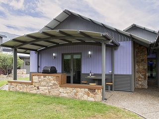 Kickenback Studio - Contemporary accommodation in the heart of Crackenback - Crackenback vacation rentals