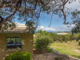 'Meltemi Unit 4' Tura Beach - Merimbula vacation rentals