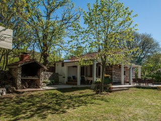 Cozy 2 bedroom House in Solin - Solin vacation rentals