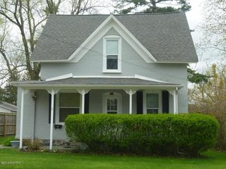 Living in the Present - An Updated Cottage. A Short Stroll to Lake Michigan - South Haven vacation rentals