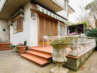 Perfect 3 bedroom House in Marina Di Pietrasanta - Marina Di Pietrasanta vacation rentals