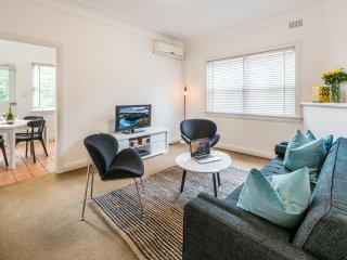 Sunny 2 bedroom Villa in Randwick - Randwick vacation rentals
