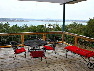LAKEPOINT LOOKOUT - Canyon Lake vacation rentals