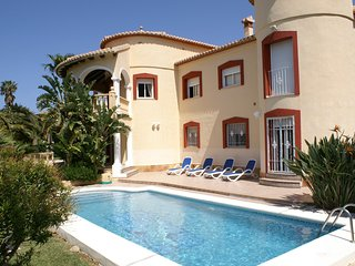 Cozy 2 bedroom Villa in Denia - Denia vacation rentals