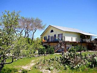 WOODYS LAKE LODGE - Canyon Lake vacation rentals