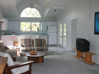 Country Living Close to Beach - Treetop Living - Sharpes vacation rentals