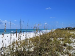Jan specials-  300 off low weekly rate - Gulf Breeze vacation rentals