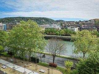 RIVER apartment - PEOPLE RENTALS - San Sebastian - Donostia vacation rentals