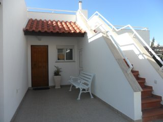 Villa Lucy - 2 Bedroom House on Private Estate with Swimming Pool & Tennis Court - Ericeira vacation rentals
