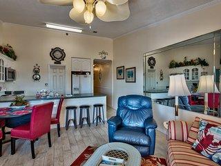 "Gulfview II "" Beach Haven"" unit 307 , Miramar Beach, Destin, Fl. Free Beach Serv - Destin vacation rentals"