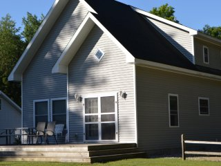 Beautiful Resort on Intermediate Lake (Cottage #2 - 6 cottages available) - Bellaire vacation rentals