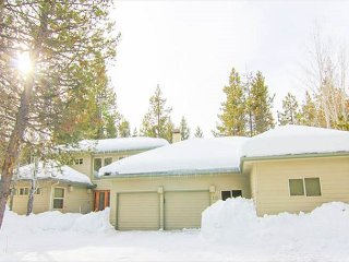 Comfort and Fun in Sunriver at Mugho10! - Sunriver vacation rentals