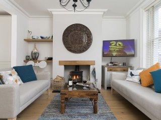 Perfect 2 bedroom Vacation Rental in Cheltenham - Cheltenham vacation rentals