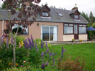 Perfect Beauly vacation Cottage with Satellite Or Cable TV - Beauly vacation rentals