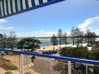 Boardwalk Apartments Unit 6 Bulcock Beach QLD - Caloundra vacation rentals