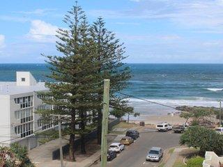 Linden Terrace Unit 8 Kings Beach QLD - Kings Beach vacation rentals