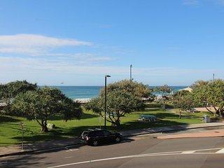 Montego Unit 4 Kings Beach QLD - Kings Beach vacation rentals