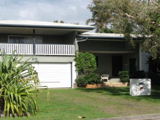 Perfect House with Television and DVD Player - Dicky Beach vacation rentals