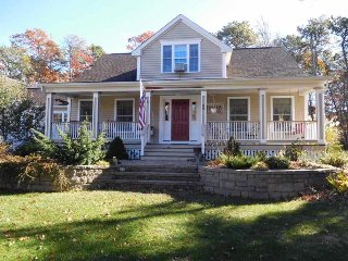 Beautiful 3 Br with Easy Walk to Parker's River Beach! - South Yarmouth vacation rentals