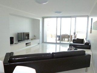 Kings Edge Unit 4 Kings Beach QLD - Kings Beach vacation rentals