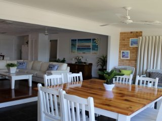 Spacious 4 bedroom House in Kings Beach with A/C - Kings Beach vacation rentals
