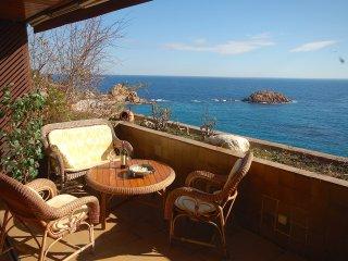 COZY APARTMENT SEA VIEWS in TOSSA - Tossa de Mar vacation rentals