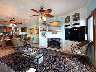 2 bedroom Condo with Television in Catalina Island - Catalina Island vacation rentals