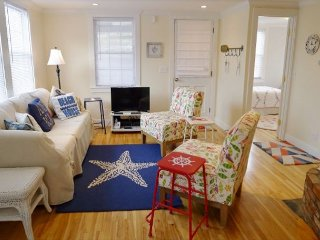 CHARMING COTTAGE NEAR NAUSET BEACH AND VILLAGE OF EAST ORLEANS! - Orleans vacation rentals