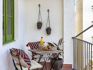 Cozy design flat close to la Fira BCN - L'Hospitalet de Llobregat vacation rentals