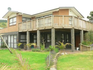 Nice House with Deck and Television - Port Waikato vacation rentals