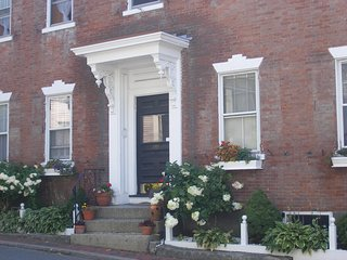 Charming historic building from 1700's! - Marblehead vacation rentals